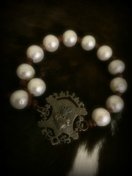 Full Pearl Sacred Heart